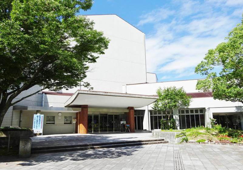 小郡市文化会館